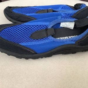 Brand new toddler size 12 water shoes surf walker